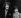 Joe Cocker (1944-2014), chanteur anglais, se rendant au tribunal de Malborough Street Court avec son épouse Pam, suite à des affaires de drogue. Londres (Angleterre), 19 décembre 1968. © The Image Works / Roger-Viollet