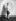 Yehudi Menuhin (1916-1999), violoniste et chef d'orchestre américain. Photographie de studio le représentant en jeune musicien prodige. New York (Etats-Unis), vers 1931. © Underwood Archives / The Image Works / Roger-Viollet