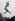 Jeune femme sautant au-dessus d'une colline de sable à une autre, 1937. © Imagno/Roger-Viollet