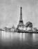 Exposition universelle de 1900, Paris. Les bords de la Seine, la tour Eiffel et le globe terrestre, la nuit.     © Neurdein/Roger-Viollet