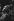 """""""La Femme sans ombre"""" de Richard Strauss, mise en scène de Nikolaus Lehnoff sous la direction musicale de Karl Bôhm. Décors et costumes de Joerg Zimmermann. Léonie Rysanek (l'impératrice). Opéra de Paris, novembre 1972. © Colette Masson/Roger-Viollet"""