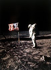 Apollo 11. Edwin Aldrin (né en 1930), astronaute américain, venant de planter le drapeau américain sur la lune durant la nuit du 20 au 21 juillet 1969. © Ullstein Bild/Roger-Viollet