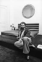 Karl Lagerfeld (1933-2019), couturier allemand, chez lui. Paris, 11 février 1974. © Jean-Régis Roustan / Roger-Viollet