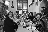 """Jean Lefebvre, Gérard Majax, Sophie Darel, Bernard Goley, Karen Cheryl, Raymond Buissières et Annette Poivre, au """"Don Camillo"""". © Jacques Cuinières / Roger-Viollet"""