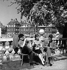 Luxembourg park. Paris (VIth arrondissement), 1950's. Photograph by Janine Niepce (1921-2007). © Janine Niepce/Roger-Viollet