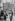 Immigrés dans un bidonville en banlieue parisienne, vers 1968. Photographie de Janine Niepce (1921-2007). © Janine Niepce / Roger-Viollet