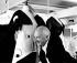 """Cecil Beaton (1904-1980), photographe, illustrateur, décorateur et dessinateur britannique, lors du tournage de """"My Fair Lady"""", film de George Cukor. Etats-Unis, 1964. © TopFoto / Roger-Viollet"""