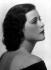 """Hedy Lamarr (1914-2000), actrice autrichienne, vers 1930. Photographie de Karl Schenker (1886-1957), publiée dans le magazine """"Die Dame"""". © Karl Schenker / Ullstein Bild / Roger-Viollet"""