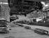 """Usines Renault de Boulogne-Billancourt (Hauts-de-Seine). Chaîne de montage des """"Frégate"""", vers 1952.     © Pierre Jahan/Roger-Viollet"""