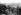Guerre 1914-1918. Soldats allemands dans les Vosges portant des caisses de pigeons sur leur dos. A droite, soldat portant une boîte de protection contre les gaz. Printemps 1917. © Ullstein Bild/Roger-Viollet