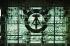 Berlin (Allemagne). Vue à travers la façade en verre du Palais de la République, parlement de la RDA. 1983. © Ullstein Bild/Roger-Viollet