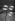 Bulles de savon sur une tige de jasmin du Japon. 1938. © Jacques Boyer/Roger-Viollet