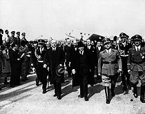 Munich Agreement. Edouard Daladier (1884-1970), French Prime Minister, arriving at the Munich airport. From left to right : Joachim von Ribbentrop, Edouard Daladier, Adolf Wagner and Karl Fiehler. Munich (Germany), September 1938. © Roger-Viollet