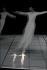 """""""Dance"""". Choréographe : Lucinda Childs. Musique : Philipp Glass. Ballet de l'Opéra national du Rhin. Paris, théâtre de la Ville, 15 octobre 2003. © Colette Masson/Roger-Viollet"""