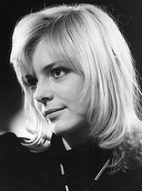 Death of France Gall (1947-2018), french singer, January 7, 2018 (70 years).