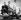 """""""Vacances Romaines"""" (Roman Holiday), film de William Wyler. Eddie Albert, Gregory Peck et Audrey Hepburn. Etats-Unis, septembre 1953. © TopFoto / Roger-Viollet"""