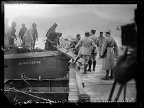 "Launching of French pontoon bridge on the river Rhine, connecting Saint-Goar to Saint-Goarhausen, on January 10, 1919. Charles Mangin (1866-1925), French General, leaving the ""Argonne"" gunboat. Photograph published in the newspaper ""Excelsior"" on January 15, 1919. © Excelsior - L'Equipe / Roger-Viollet"