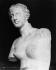 La Vénus de Milo, vue de 3/4. Sculpture grecque, 130-100 avant J.-C. Paris, Musée du Louvre. © Léopold Mercier/Roger-Viollet