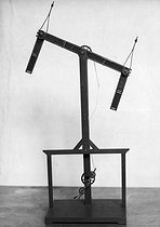Optical telegraph model by Claude Chappe (1763-1805), French physicist.  © Jacques Boyer / Roger-Viollet