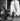 Guerre 1939-1945. Libération de Paris. Canon antiaérien devant l'Arc de Triomphe, 27 août 1944. © Pierre Jahan/Roger-Viollet