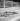 Bain de soleil à la piscine Molitor. Paris (XVIème arr.), juillet 1946.    © Studio Lipnitzki/Roger-Viollet