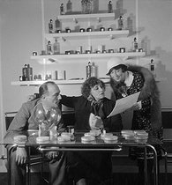 Colette (1873-1954), French writer, in her beauty salon. Paris, rue de Miromesnil, 1932. © Boris Lipnitzki/Roger-Viollet