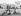 La reine Elisabeth II et son époux le prince Philip, et trois de leurs enfants : la princesse Anne, le prince Andrew et le prince Charles. Château de Balmoral (Ecosse), 1960. © PA Archive/Roger-Viollet