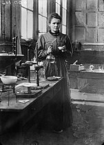 Marie Curie (1867-1934), French physicist, in her first laboratory installed in a shed of EPCI, rue Lhomond. Paris (Vth arrondissement), 1896-1905. © Albert Harlingue/Roger-Viollet