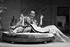"""""""Private Lives"""", pièce de Noël Coward. Mise en scène : Richard Eyre. Kim Cattrall et Matthew Macfadyen. Londres (Angleterre), Vaudeville Theatre, mars 2010. © TopFoto / Roger-Viollet"""