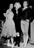 Margot Fonteyn (1919-1991), danseuse britannique, Marlene Dietrich (1901-1992), chanteuse et actrice allemande, et Rudolf Noureïev (1938-1993), danseur russe. 1965. © Ullstein Bild / Roger-Viollet