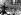 Le Sénateur John Fitzgerald Kennedy, candidat démocrate à la présidence des Etats-Unis, s'adressant à une foule de 200 000 personnes. Californie (Etats-Unis), 28 octobre 1960. © TopFoto / Roger-Viollet