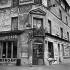 Café at the rond-point de la Défense (place de la Défense). Levallois (Hauts-de-Seine), August 1957.   © Roger-Viollet