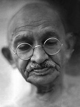 30/01/1948 (60 years) Murder of political leader and pacifist, Mohandas Karamchand Gandhi