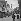 Guerre 1939-1945. Libération de Paris. Barricade et F.F.I., rue du Haut-Pavé. Au fond : Notre-Dame, août 1944. © Gaston Paris / Roger-Viollet