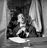Serge Gainsbourg (1928-1991), chanteur et compositeur français. Paris, théâtre de l'Etoile, septembre 1959.      © Studio Lipnitzki / Roger-Viollet