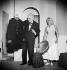 """""""Monsieur Bob'le"""" de Georges Schehadé. Jacques Fabbri et Jacqueline Maillan. Paris, théâtre de la Huchette, janvier 1951. © Bernard Lipnitzki / Roger-Viollet"""