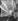 Cathédrale Notre-Dame, la nef. Paris. © Neurdein / Roger-Viollet