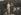 """Gustav Klimt (1862-1918), peintre autrichien et sa compagne, Emilie Flöge (1874-1952), portant une robe sans corset, dite """"Reformkleid"""", dans le jardin de la Villa Oleander. Kammerl (Autriche), 1910. © Imagno/Roger-Viollet"""