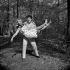 "Shooting of ""Dragées au poivre"" (Sweet and Sour), film by Jacques Baratier. Guy Bedos and Sophie Daumier. France, 1963. © Alain Adler / Roger-Viollet"