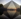 La pyramide du Louvre à Paris. Architecte : Ieoh Ming Pei. © TopFoto / Roger-Viollet