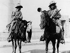 Guerre d'indépendance mexicaine. Un frère et une soeur membres de l'armée du général Pablo Gonzales qui participa aux batailles de Tampico, mars 1914.  © Willy Römer / Ullstein Bild / Roger-Viollet