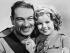 """La Mascotte du régiment"" (Wee Willie Winkie), film de John Ford. Shirley Temple et Victor McLaglen. Etats-Unis, 1937. © Ullstein Bild/Roger-Viollet"