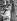 Construction automobile. Chaîne de montage finale dans les usines Austin. Birmingham (Angleterre), 1959. © TopFoto/Roger-Viollet