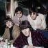 Les Beatles, groupe anglais de musique Pop (1962-1970). Debout : Paul McCartney et John Lennon (1940-1980). Assis : Ringo Starr et George Harrison (1943-2000). Août 1966.  © Roger-Viollet