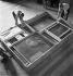 Retour des chefs-d'oeuvre au musée du Louvre après la guerre. Paris, 1945. © Pierre Jahan/Roger-Viollet