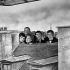 """Shooting of """"Ce soir ou jamais"""", film by Michel Deville (1961). Jacqueline Danno, Claude Rich, Anne Tonietti, Guy Bedos and Michel de Ré. France, on September 12, 1960. © Alain Adler / Roger-Viollet"""