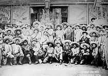 The revolution in Mexico (1910-1920). The general Macias and his staff. 1911. $$$ $$$ © Albert Harlingue / Roger-Viollet