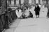Le pont des Arts. Paris (VIème arr.), 1960. © Roger-Viollet