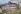 """Enfants jouant sur le site dit """"des Envierges"""" et la rue Vilin à Belleville. Paris (XXème arr.), mai 1967. Photographie de Léon Claude Vénézia (1941-2013). © Léon Claude Vénézia/Roger-Viollet"""
