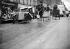 Sablage des pavés de bois. Paris, 1940.    © LAPI/Roger-Viollet